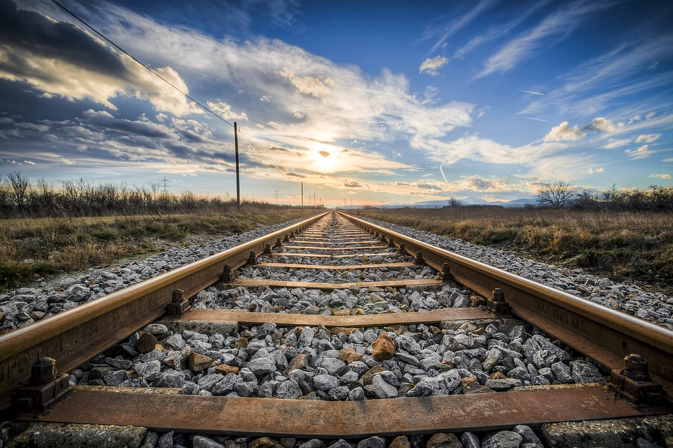 Retired railway worker's knee replacement ruling rewrites NSW's Workers' Compensation Laws and gives hope to other injured workers